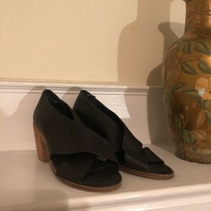 Kelsi Dagger: Soft leather heeled sandals